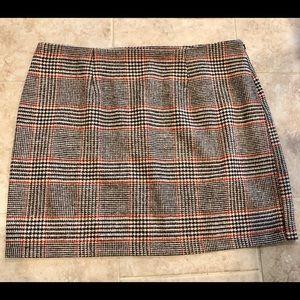 Forever 21 Plus plaid mini skirt. Sz 2X